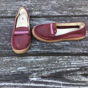 UGG Women's Kaelee Loafer Slipper Burgundy Size 8